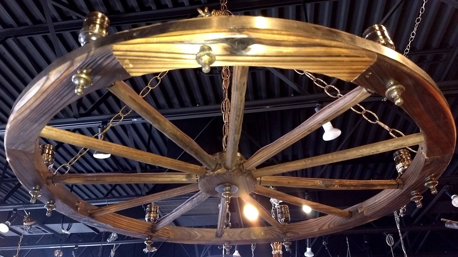 Wagon Wheel Chandelier 24-32""