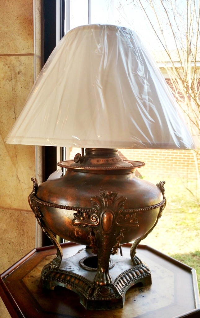 Authentic Antique Oil Lamp Electric Lamp Shade Pro